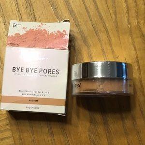 it cosmetics Makeup - BYE BYE PORES TINTED FINISHING POWDER